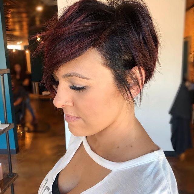 42 Trendige Haarschnitte Und Frisuren Fur Kurzes Haar In 2020 Trendige Haarschnitte Haarschnitt Frisuren Kurzhaar