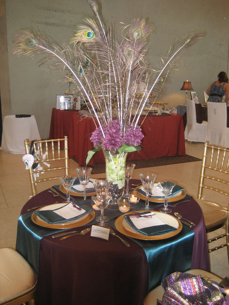 88 best images about peacock theme on pinterest for Black table centrepieces