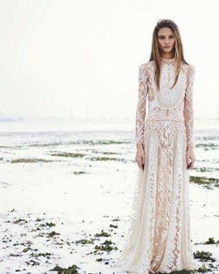 Stunning gown by Zikaden Nakad via @_idoblog_