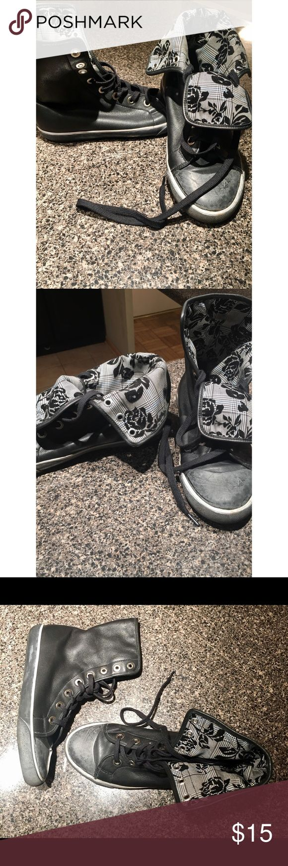 ⚫️ SALE ⚫️ Jessica Simpson High Tops - 7.5 Jessica Simpson Converse Inspired High Tops - 7.5. Floral interior lining. Used. See pictures for condition. Jessica Simpson Shoes