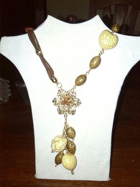 Collar de piedra y cuero mis creaciones pinterest - Collares de cuero ...
