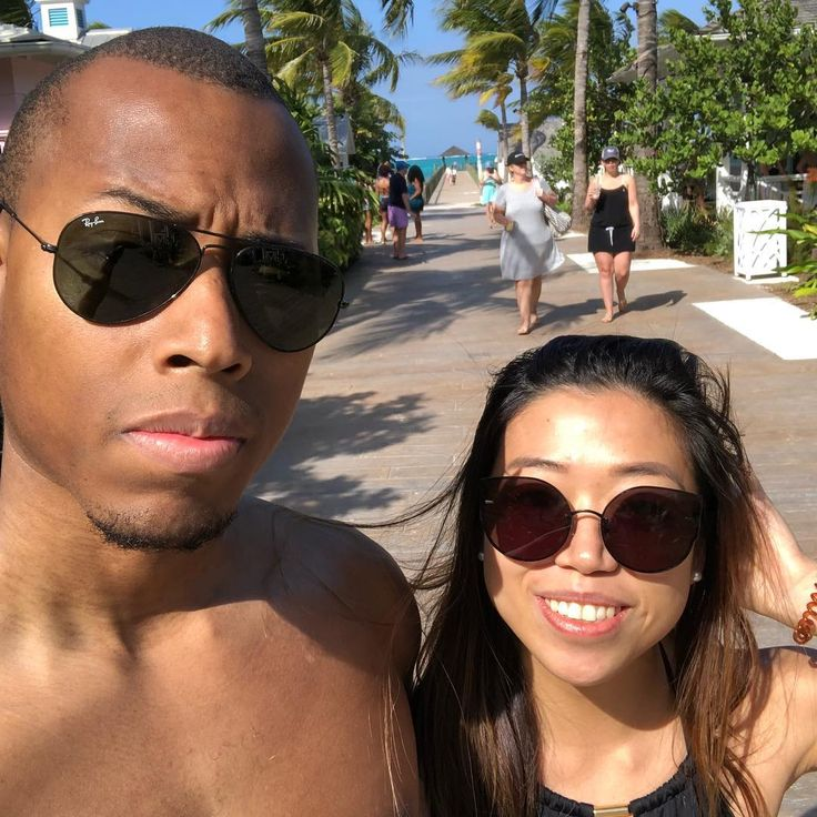 Just last week we were living it up in 80 degree weather, and now we're toughing it out in 30 degree weather. We're seriously done with Northeastern #winter ❄️ 😕 #Love #BMWW #WWBM Find your #InterracialMatch Here #interracial-dating-sites.com #InterracialLove  Lorenzo Ferguson @king_renzo  Meet singles. Sign Up Now!!! http://interracial-dating-sites.com