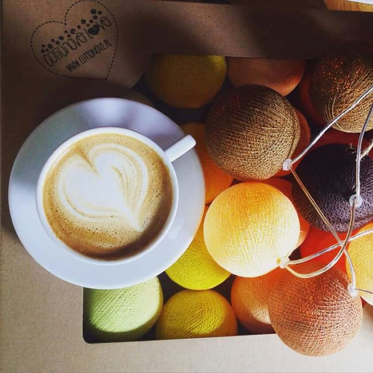 #cottonovelove #cottonballlights #interior #design #cottonballs #fairylights #cottonfairy #glow #świecącekulki #cottonfairylight #homedesign #homedecor #coffee #heart