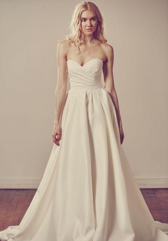 Sweetheart Neckline with Textured Tiered Skirt   Alyne by Rita Vinieris Nancy   http://trib.al/QxSIANy