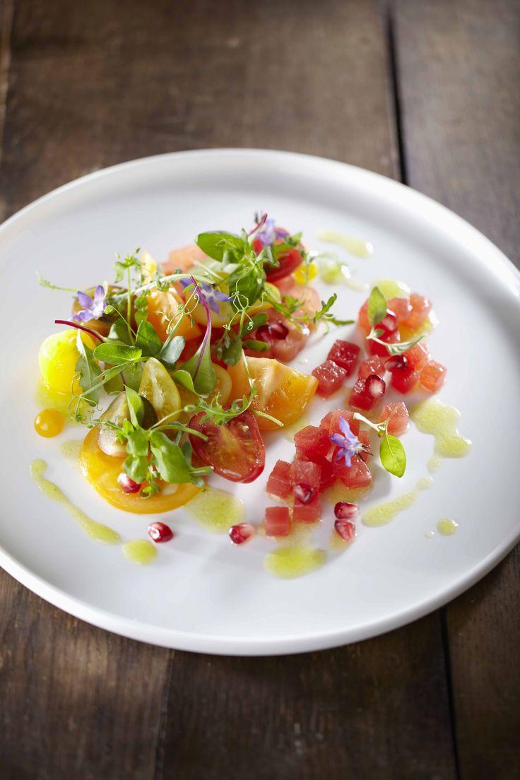 Tomaten en watermeloen met granaatappel en basilicum - Unilever Food Solutions !