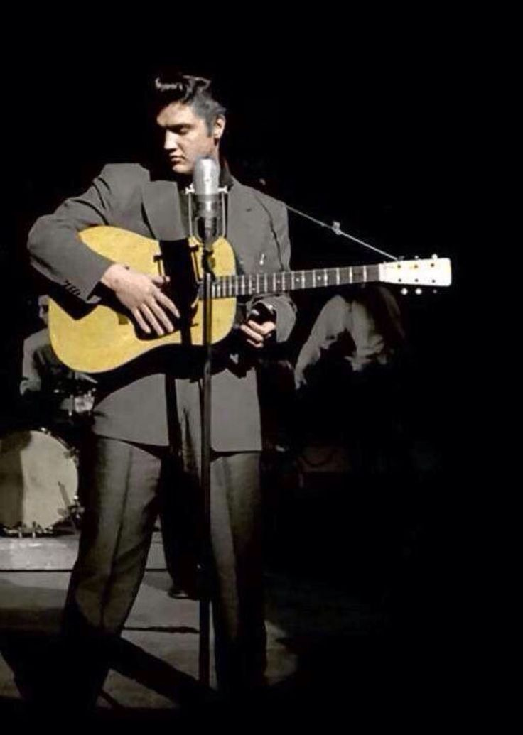 7414 Best Images About Elvis Presley On Pinterest In August Steve Allen And Rare Elvis Photos