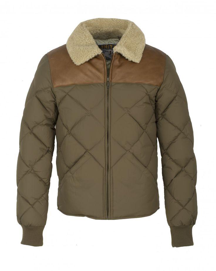 Découvrez la  doudoune en Polyamide moka KROSS et autres articles sur la boutique en ligne de Chevignon, marque française de vêtements pour homme depuis 1979