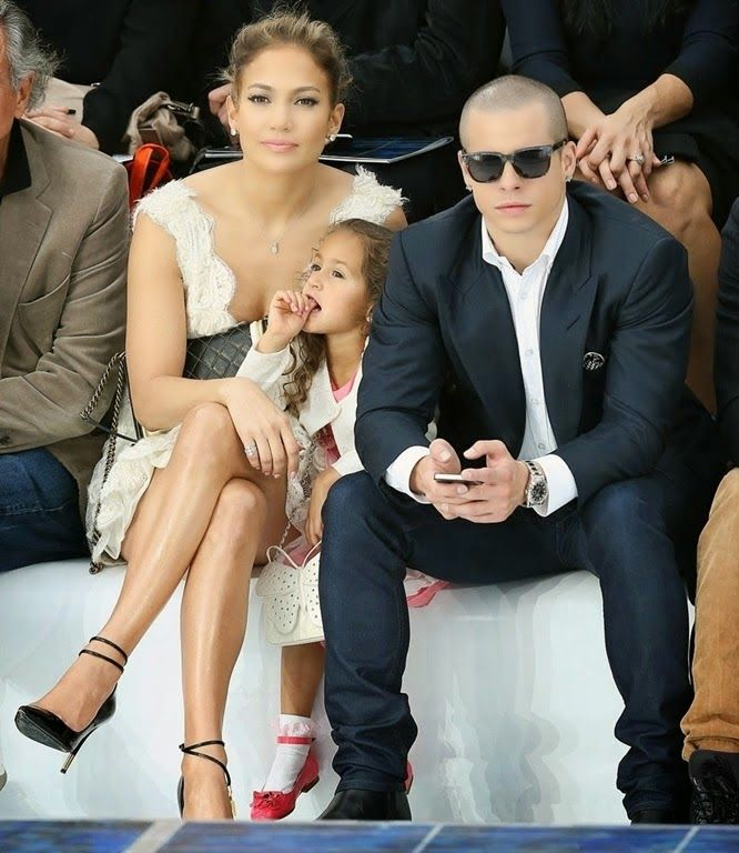 Afrikgoddess' blog: Jennifer Lopez's Ben 10 Moves Out Of Her LA Mansio...