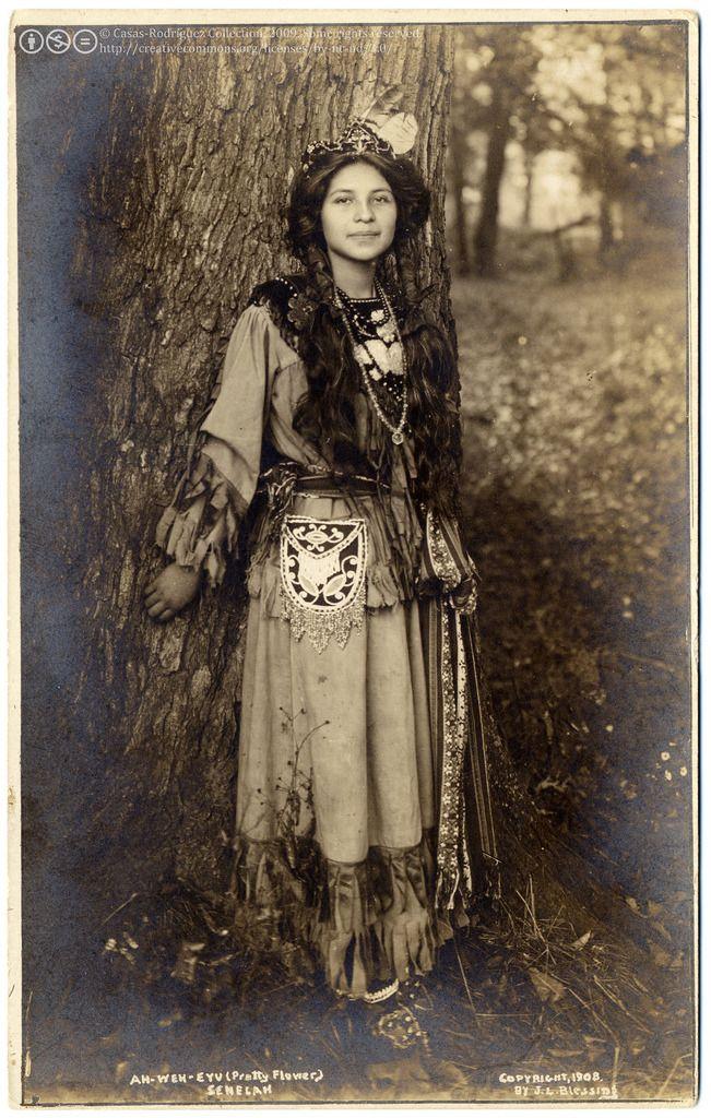 "yesyoucannabis:worldofours: "" "" Ah-Weh-Eyu (Pretty Flower), Seneca Indian girl, 1908 "" """