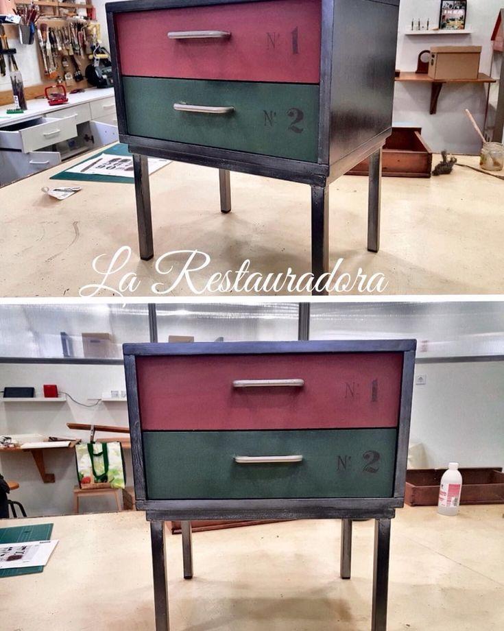 """Transformación realizada por Loli, alumna de nuestro taller escuela. Este pequeño mueble de Ikea,…"""""""