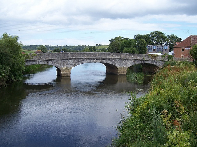Bow Bridge, Langport, Somerset, this version was built in 1840 The previous bridge had 9 arches and therefore when the barges from  Bridgwater arrived at Langport wharf the cargo had to be unloaded,  carried under the arches and put onto smaller barges which could go  down them into town