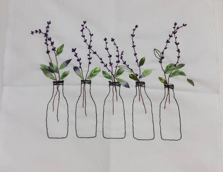 "336 Likes, 12 Comments - 자수하는CHOI(I'm korean) (@thtymom) on Instagram: ""라벤더일까? 보라색꽃인데~🤔 #프랑스자수 #소품 #라벤더#보라색#embroidery #needlework #flower # ribbon"""
