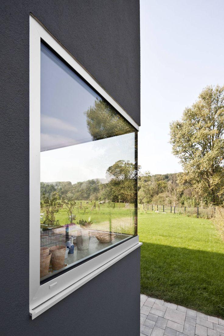 Wohnhaus Leichingen : Moderne Fenster & Türen von Corneille Uedingslohmann Architekten