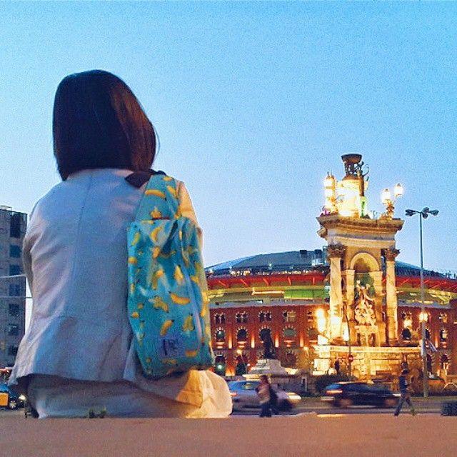 Enjoy the afternoon in Barcelona with Cub Traveler Waist Bag Banana by Cub Traveler, #bags #products #spain #barcelona #outdoors #urbantraveling #traveler #traveling #banana #nightcity #beautifulcity #waistbag #slingbag #backpackerindonesia #vsco #vscocam