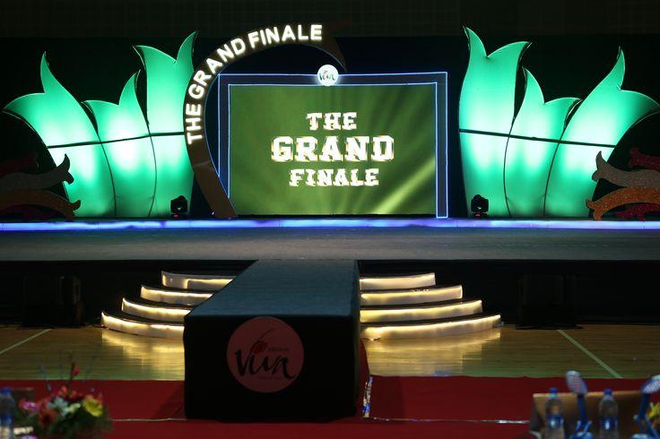 Viva 5 - Grand Finale stage!