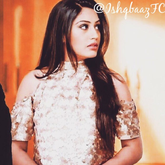Surbhi Chandna (@SurbhiChandna) | Twitter | Crushes   Im lovin it