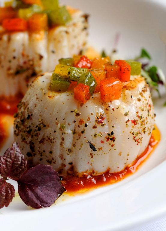 Grilled scallops with tomato chutney and roasted peppers | Recipe ...