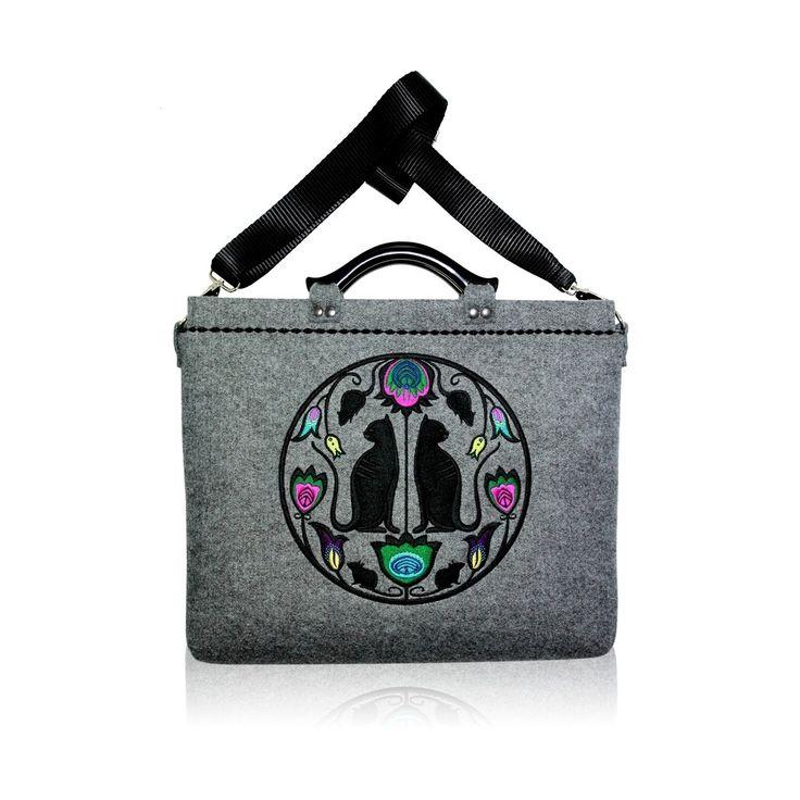 Goshico - embroidery felt bag on the laptop Folk Cats