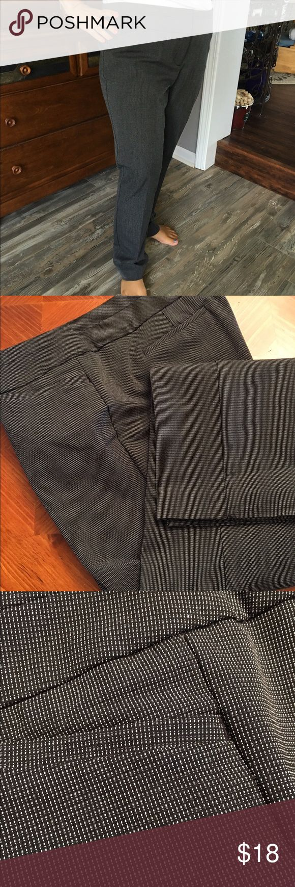 Great fit and very flattering ladies pants These black with white stitch pants are very slimming.  Modern fit Worthington pants with tapered legs and a slight stretch.  You will love these.  30 inch inseam. Worthington Pants Trousers