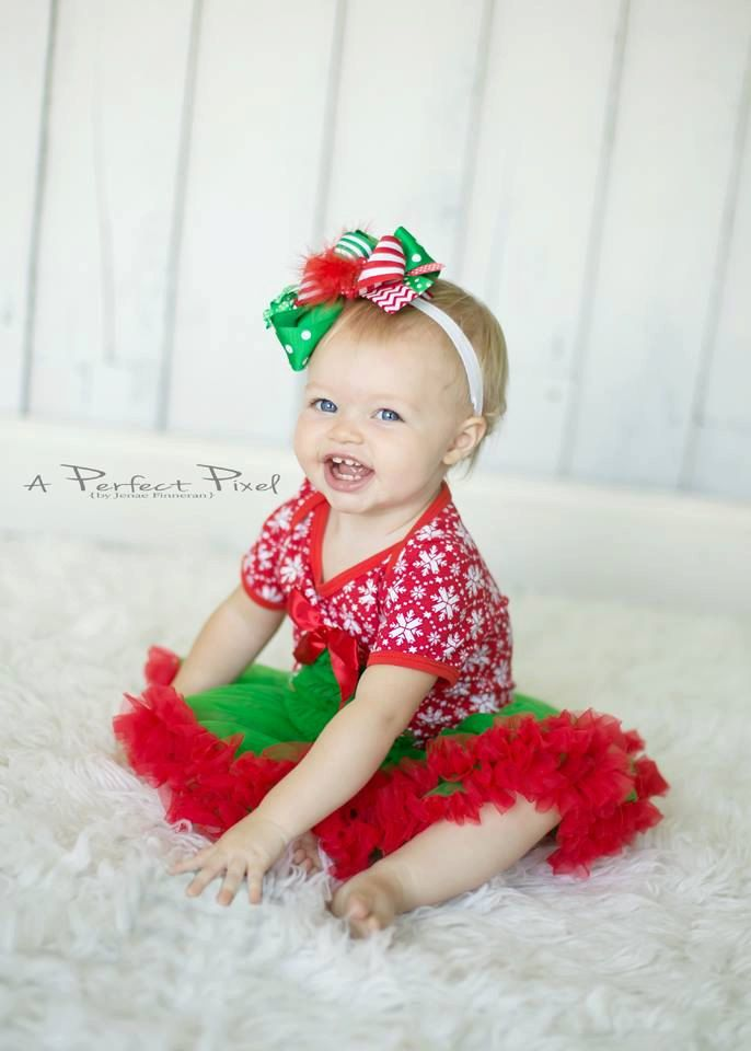 Baby Christmas dress Baby Girl christmas Outfit  by PoshPeanutKids