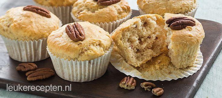 Wist je dat je met gesmolten ijs en zelfrijzend bakmeel de lekkerste muffins maakt, makkelijk dan dit wordt het niet!