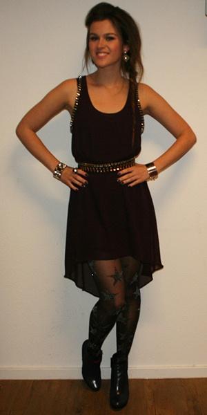 Kijk Tessa uit The Voice of Holland eens stralen op onze schoenen! | Via ChantalBles.com