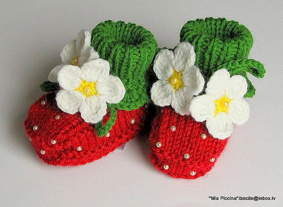 Baby booties Red Strawberry / 03 M by MiaPiccina on Etsy, $22.00  DARLING!!!