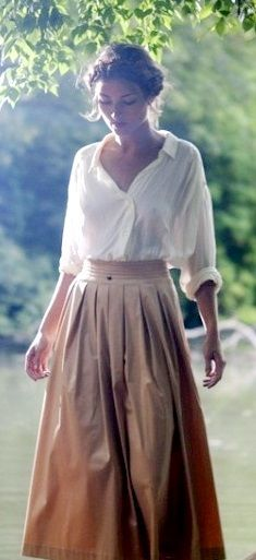 Causal blouse and skirt combination, relaxed but still elegant