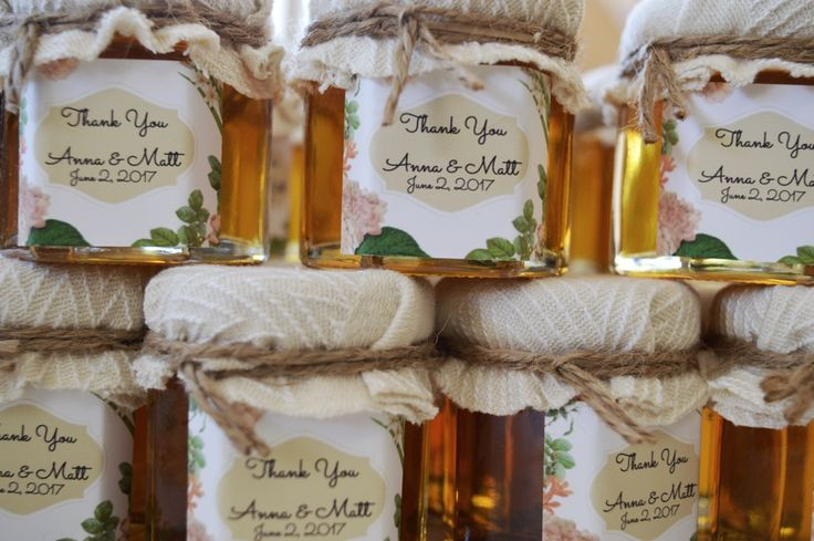 Customize your jars of honey for your guests son your special day! The sky is only the limit. These ones went out for a wedding in Canada!