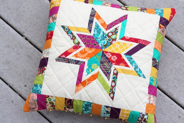 Star pillow using Indie by @Art Gallery Fabrics @Pat Bravo
