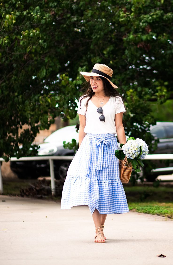 Gingham Ruffles // How To Tie A Perfect Bow by cute & little | dallas petite fashion blog | white v-neck tee, gingham ruffle skirt, boater hat, studded sandals | casual summer outfit