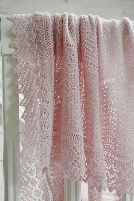 beautiful pale pink crochet blanket