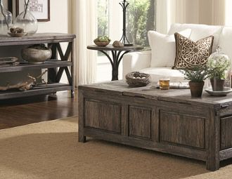 Looks very comfy: Woods Furniture, Storage Coffee, Coffee Tables, Rustic Furniture, Rustic Tables, Coff Tables, Rustic Woods, Bedrooms Furniture, Country Chic Living Rooms