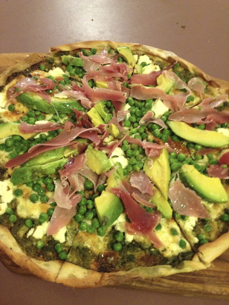 Better choices pizza - home made thin crust and low salt tomato base, peas, avocado, mozzarella (maybe a bit of prosciutto for the boyfriend)