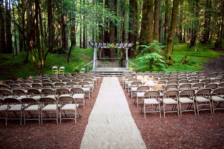 Such A #pretty #outdoor #weddingceremony #location! ::Sara