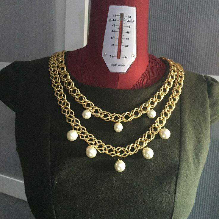 Possibilità di personalizzazione! Aggiungi più catene e perle!