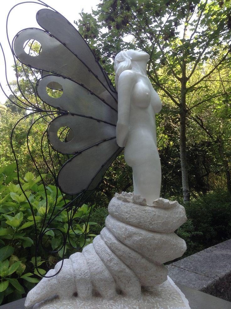 Sculpture in Sintra, Portugal/ Escultura en Sintra