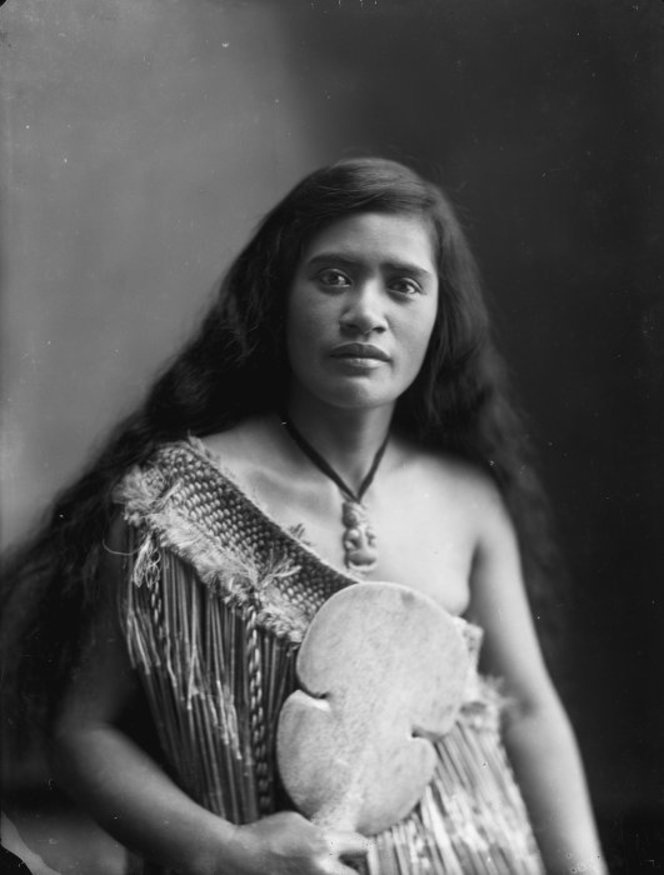New Zealand, Maori Woman Vintage ~