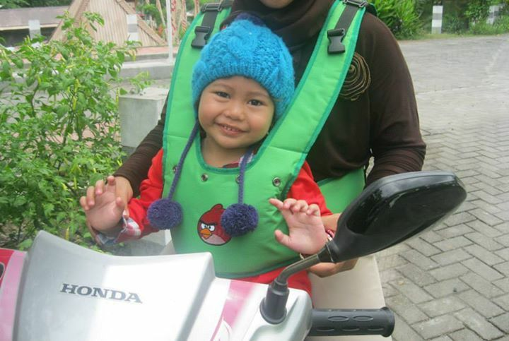 Safety belt for children in motorcyle do you want sms 083.87.87.87.785