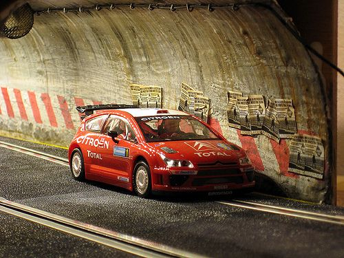 238 best images about cool scalextric on pinterest audi for Decoracion circuitos slot