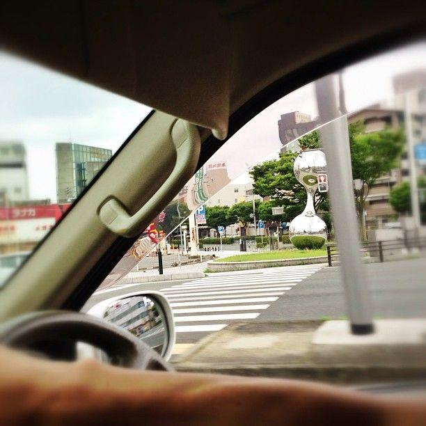 Photo by bluesman7777 交差点に鉄アレイ #30jidori #30ube http://instagram.com/p/bdOlnzxiK6/