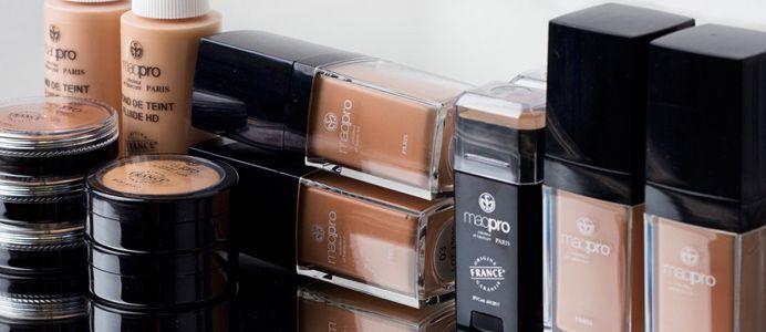 make up Maqpro : http://www.beautyglamstore.fr/produit-esthetique/maquillage-1/