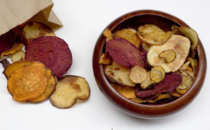 going to have to try these: Easy Salt and Vinegar Baked Veggie Chips: delish & healthy Superbowl snack