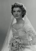 vintage bride: Jackie Kennedy, Jacqueline Bouvier, Weddings, Bridal Portraits, Bouvier Kennedy, Wedding Portraits, Jacqueline Kennedy, Bride, Photo