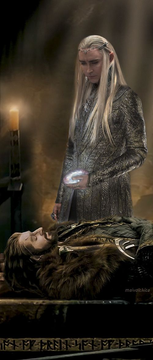 Thranduil laying the Arkenstone on Thorin's chest (by Maivolchica on tumblr)