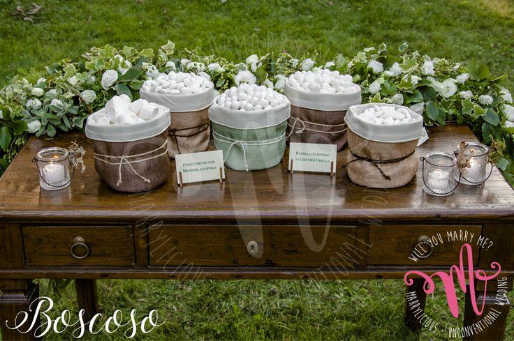 Confettata in stile Boscoso. Creata da Marrylicious. - Boscoso style Sweet table. Created by Marrylicious.