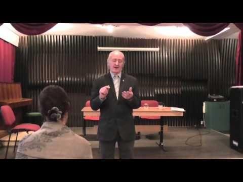 Molnár V. József - Nagyhét és a feltámadás öröme - YouTube