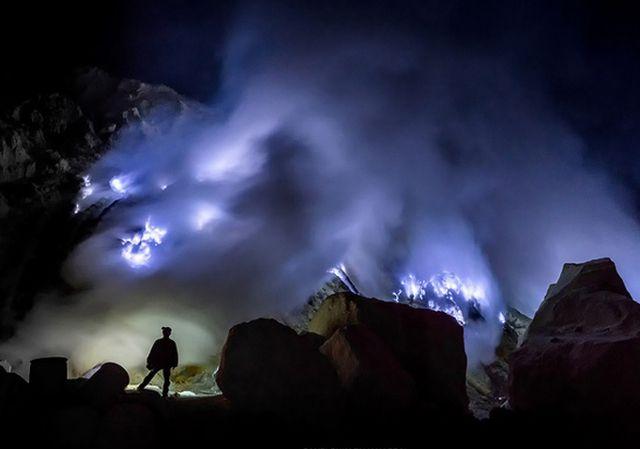 Blue Fire Kawa Ijen, Jawa Timur