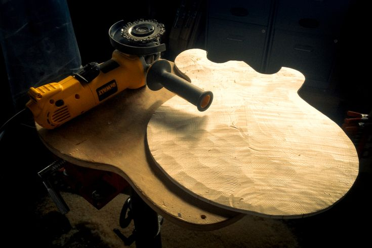 Rough carving a hollowbody #chubbuckguitars