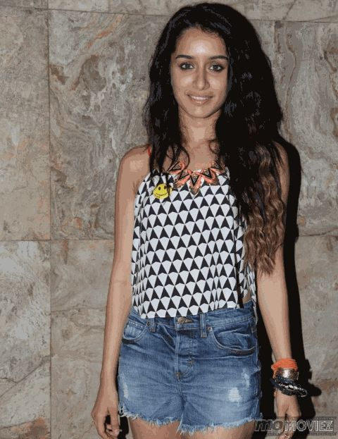 """Shraddha Kapoor, who began her Bollywood journey with films like """"Teen Patti"""" and """"Luv Ka The End"""", made it big only with """"Aashiqui 2"""". To know more click http://momoviez.com/"""